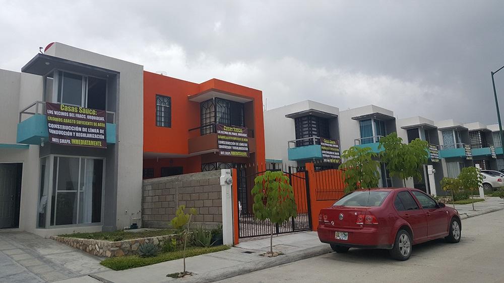 vecinos del orqudeas ubicado al norte poniente de tuxtla gutirrez acusaron a la empresa uccasas saucesud de vender casas con vicios