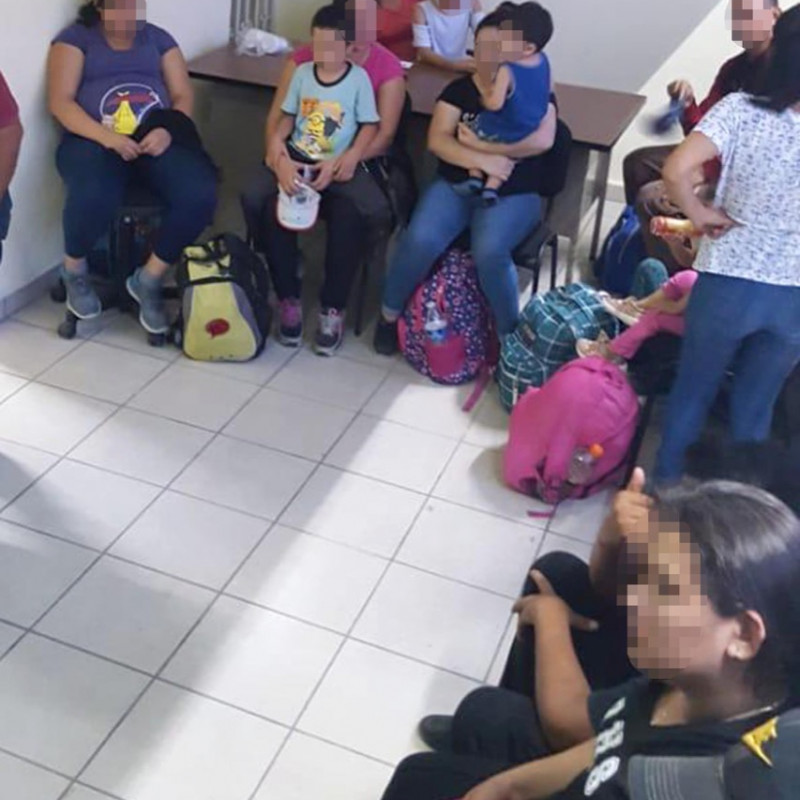 foto-boletin-fge_rescata-fiscalia-del-estado-a-29-migrantes-en-el-libramiento-sur-de-tuxtla-gutierrez-3