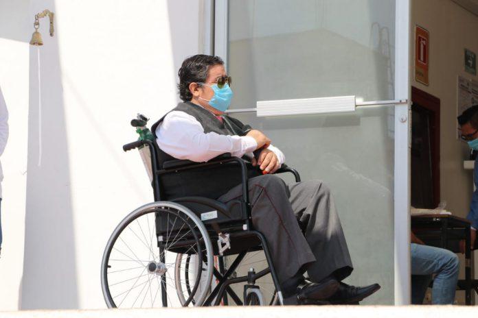 """Marcelino """"N"""" de 45 años, originario de Michoacán, pero que desde 1991 radica en la ciudad de Palenque, de oficio chofer de transporte, quien estuvo 16 días en estancia hospitalaria"""